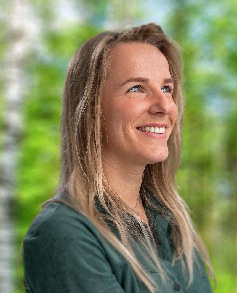 Carola Bos
